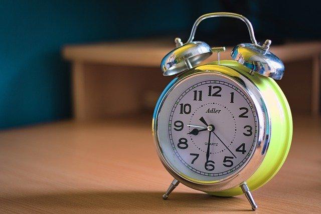 alarm-clock-5433374_640
